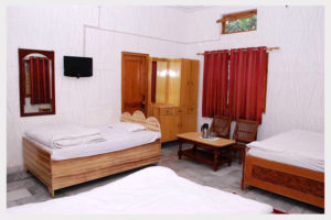 4 Beded Rooms